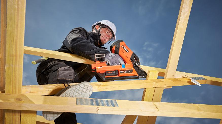 Pourquoi choisir le cloueur de structure bois polyvalent IM90Xi ?