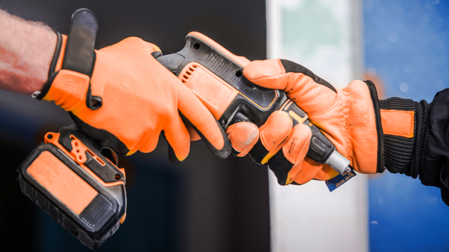 Location d'outils pour les professionnels du bâtiment : quels avantages ?